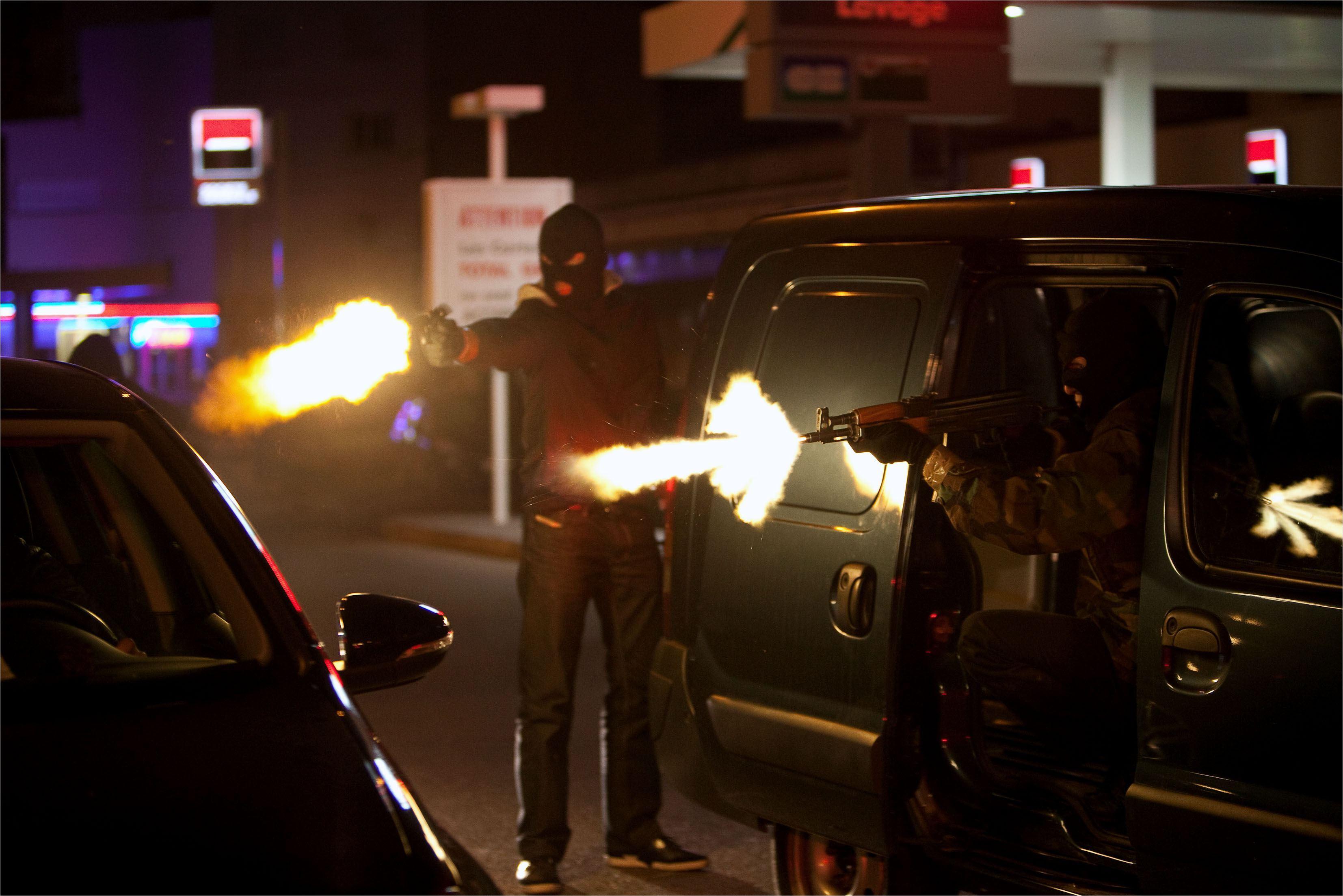 Mafiosa, le clan: le grand banditisme fonce dans le PAF !