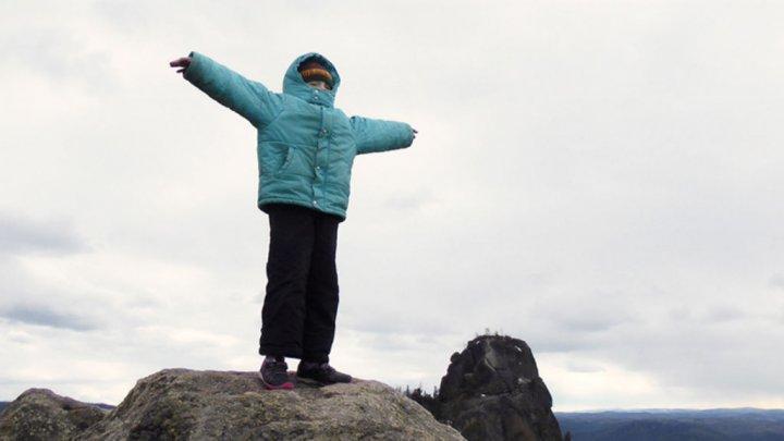Territoire de la liberté : sur les montagnes, j'écris ton nom