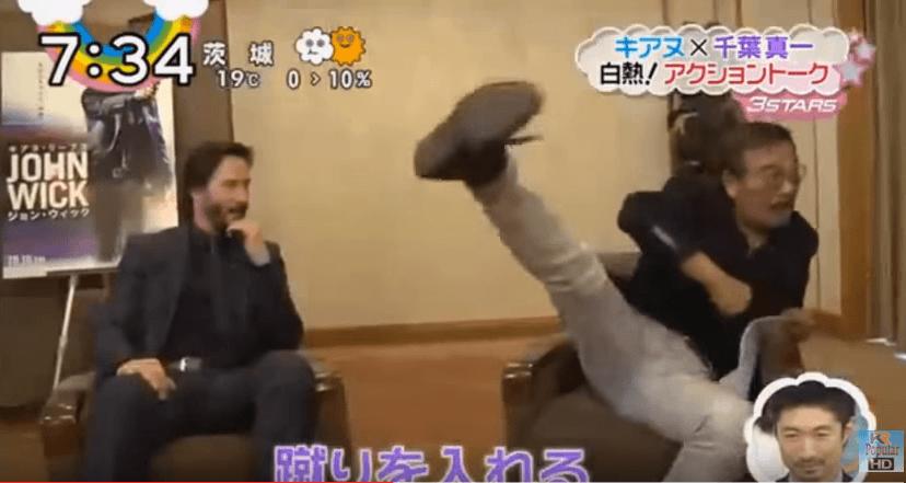 Keanu Reeves rencontre son idole Sonny Chiba lors de la promotion de John Wick au Japon