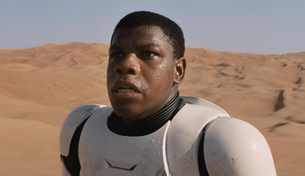 John-Boyega-Star-Wars-the-force-awakens-Le-Reveil-de-la-force-