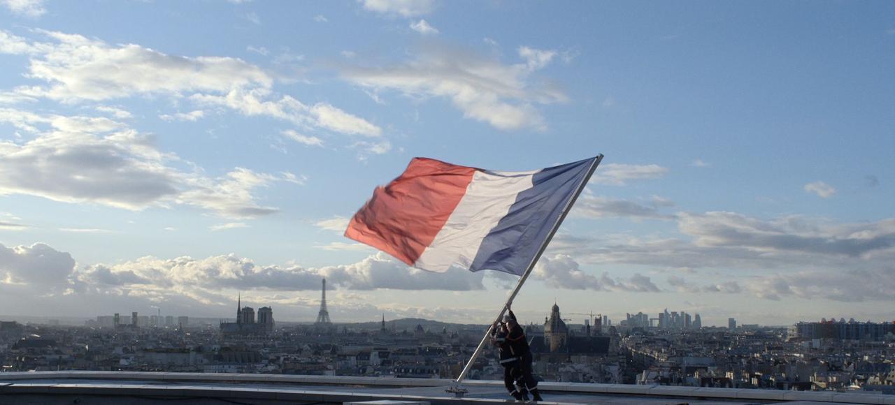 L'Opéra : Voix Royale et Patriotisme Bienveillant