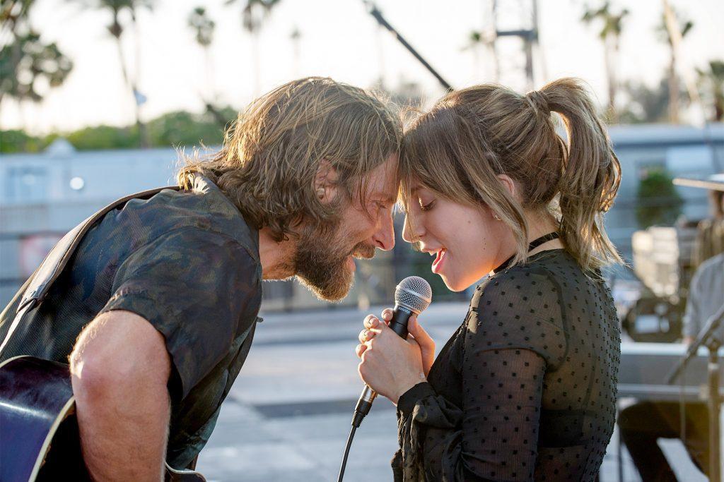 Bradley Cooper et Lady Gaga se font critiquer par Cinématraque pour A Star is Born