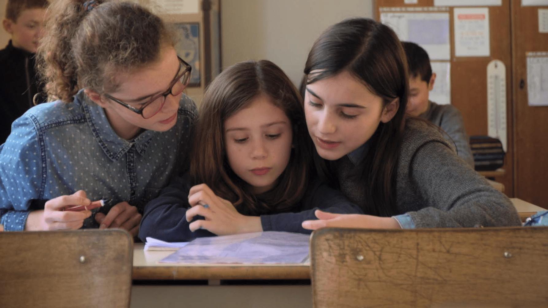 Écoliers, la jolie photo d'une classe de Caen par Bruno Romy